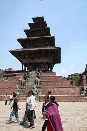 Бхактапур. Ньятапола